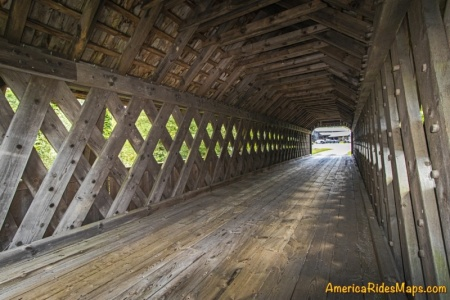 Will Henry Stevens Covered Bridge - the lattice