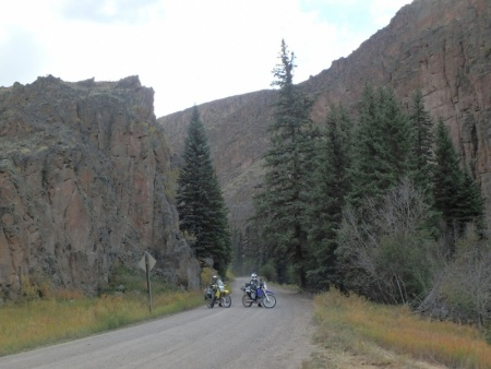 TAT Riders in a Canyon